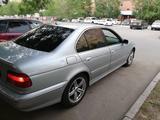 BMW 523 1998 года за 2 200 000 тг. в Нур-Султан (Астана) – фото 2