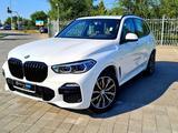 BMW X5 2021 года за 49 000 000 тг. в Костанай – фото 2