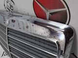 Решетка радиатора на Mercedes-Benz w124 E за 85 414 тг. в Владивосток – фото 2