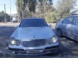 Mercedes-Benz C 180 2003 года за 2 300 000 тг. в Талдыкорган