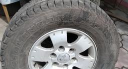 Диски с шинами 4 штуки японские зимние YOKOHAMA 265/70/R16 за 250 000 тг. в Алматы – фото 2