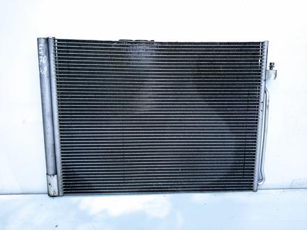 Радиатор кондиционера E70 за 30 000 тг. в Алматы