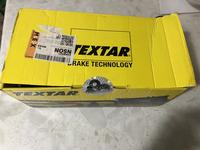 Передние тормозные колодки TEXTAR за 30 000 тг. в Атырау