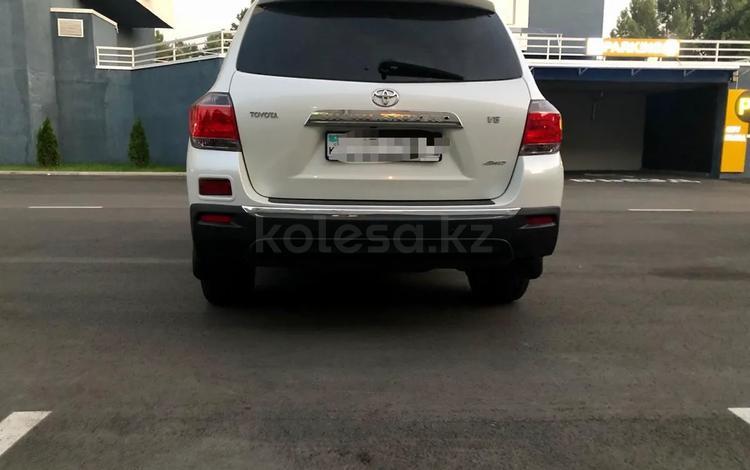 Toyota Highlander 2013 года за 13 999 999 тг. в Алматы