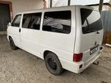 Volkswagen Caravelle 1993 года за 2 000 000 тг. в Алматы – фото 4