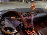 Mercedes-Benz E 320 1999 года за 4 700 000 тг. в Актау – фото 4
