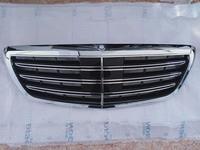 Решотка радиатора Mercedes-Benz W 222 за 200 000 тг. в Алматы