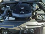 Toyota 4Runner 2004 года за 9 200 000 тг. в Актобе – фото 2