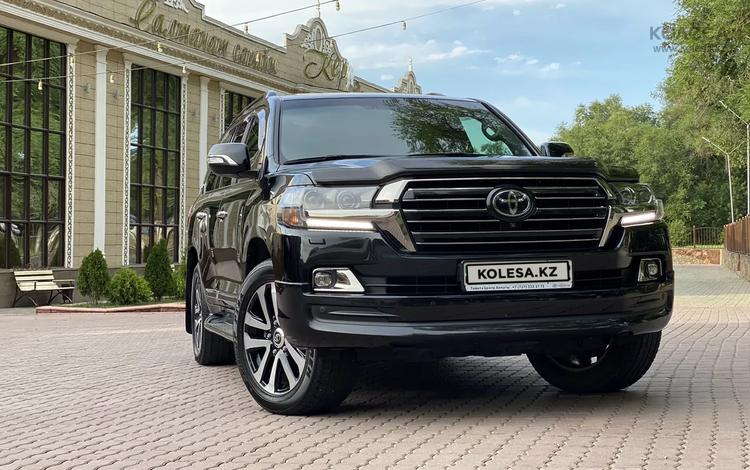 Toyota Land Cruiser 2018 года за 30 600 000 тг. в Алматы