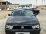 Volkswagen Golf 2002 года за 2 500 000 тг. в Жанаозен