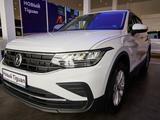 Volkswagen Tiguan Status 1.4 2021 года за 17 000 000 тг. в Уральск
