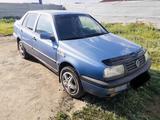 Volkswagen Vento 1992 года за 900 000 тг. в Нур-Султан (Астана) – фото 4