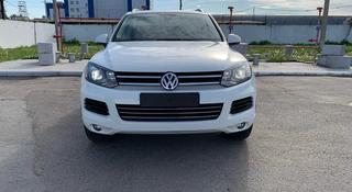 Volkswagen Touareg 2014 года за 13 000 000 тг. в Костанай