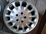 Оригинальные диски на Mercedes w211 за 90 000 тг. в Актобе