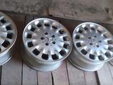 Оригинальные диски на Mercedes w211 за 90 000 тг. в Актобе – фото 2