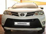 Toyota RAV 4 2014 года за 10 100 000 тг. в Алматы