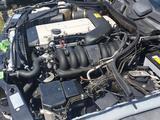 Двигатель на Mercedes-Benz W124 E280 m104 за 487 621 тг. в Владивосток