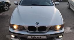 BMW 528 1998 года за 2 850 000 тг. в Алматы – фото 4