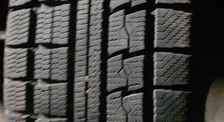 Зимнюю бу шину из Японии в хорошем состоянии. Размер 225/60/17. за 65 000 тг. в Алматы