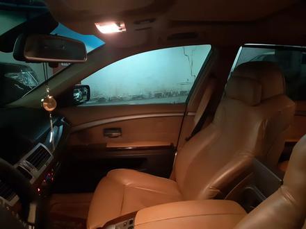 BMW 760 2004 года за 5 800 000 тг. в Нур-Султан (Астана) – фото 29