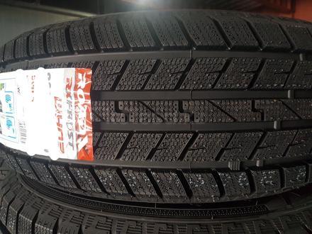 195/65 14 зимние шины ROADX WH03 за 14 400 тг. в Алматы