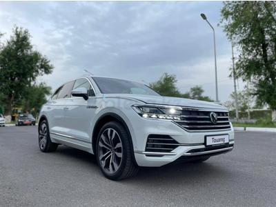 Volkswagen Touareg Business Elegance 2021 года за 29 827 000 тг. в Шымкент