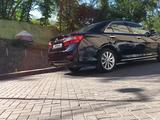 Toyota Camry 2014 года за 9 800 000 тг. в Караганда – фото 2