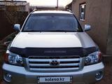 Toyota Highlander 2005 года за 6 400 000 тг. в Семей