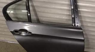 Дверь задняя правая F30 BMW за 120 000 тг. в Алматы