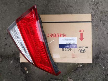 Фонарь крышки багажника за 21 000 тг. в Алматы – фото 2