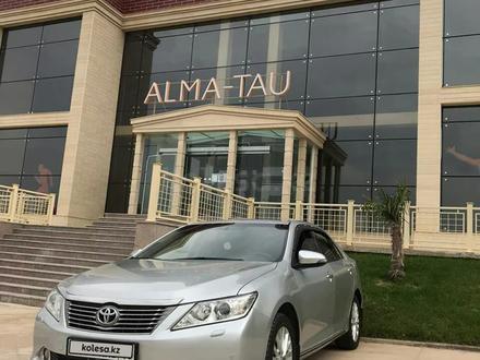 Toyota Camry 2011 года за 7 600 000 тг. в Шымкент – фото 2