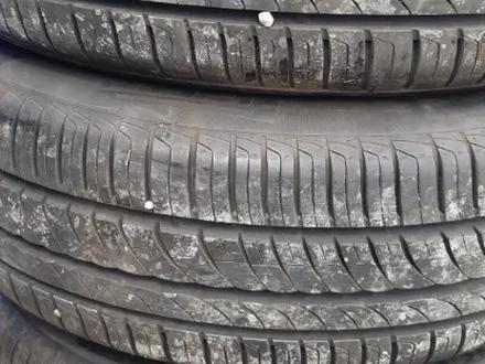 Диски с резиной BMW е60 215/55/r17 за 180 000 тг. в Петропавловск – фото 4