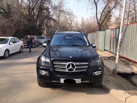 Mercedes-Benz GL 550 2009 года за 9 500 000 тг. в Алматы – фото 2