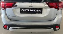 Mitsubishi Outlander Invite 4WD 2021 года за 12 200 000 тг. в Караганда – фото 3