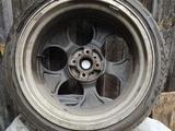 Комплект дисков с резиной за 200 000 тг. в Уральск – фото 3