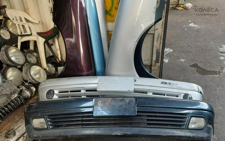 Бампер Mercedes Benz 210 за 100 000 тг. в Алматы