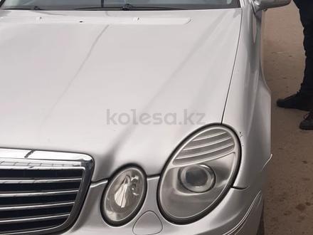 Mercedes-Benz E 200 2007 года за 3 700 000 тг. в Нур-Султан (Астана) – фото 4