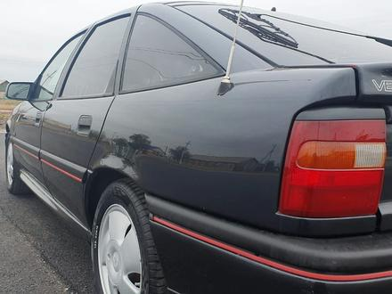 Opel Vectra 1994 года за 1 600 000 тг. в Осакаровка – фото 2