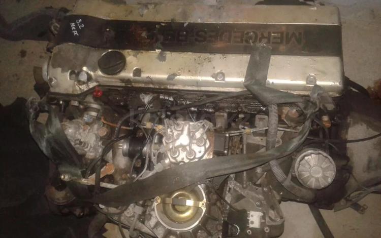 Двигатель мерседес за 200 000 тг. в Тараз