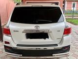 Toyota Highlander 2012 года за 13 000 000 тг. в Шымкент – фото 2
