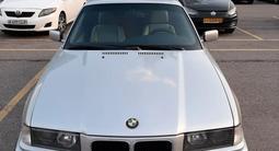 BMW 325 1993 года за 1 800 000 тг. в Алматы – фото 3