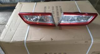 Задние фонари в крышку багажника за 777 тг. в Алматы