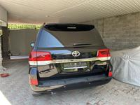 Toyota Land Cruiser 2017 года за 34 000 000 тг. в Алматы