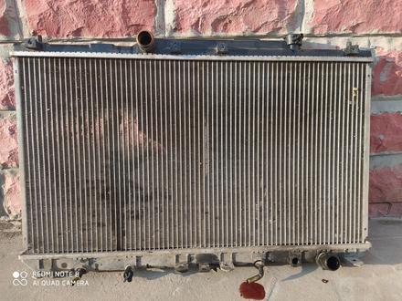 Капот, дверь передняя левая и родиатор охлаждения на камри20-25 бу за 10 000 тг. в Алматы – фото 3