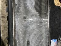 Радиатор на лексус-RX300 за 15 000 тг. в Алматы