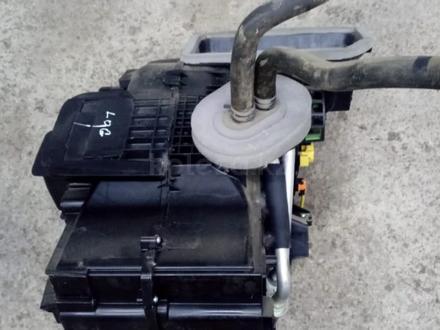 Радиатор печки моторчик логан за 20 000 тг. в Нур-Султан (Астана)