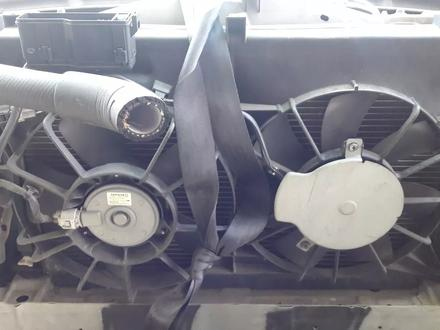 Радиатор на тойота Авенсис механика за 26 000 тг. в Алматы