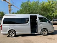 Toyota HiAce 2013 года за 10 000 000 тг. в Нур-Султан (Астана)