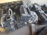Печка радиатор моторчик корпус на мерседес W140 W210 W221 за 5 000 тг. в Шымкент – фото 2