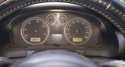 Volkswagen Passat 2002 года за 1 600 000 тг. в Семей – фото 5